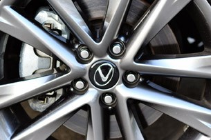 2013 Lexus RX 350 F Sport wheel detail