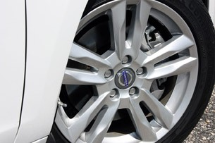 2013 Volvo S60 T5 AWD wheel