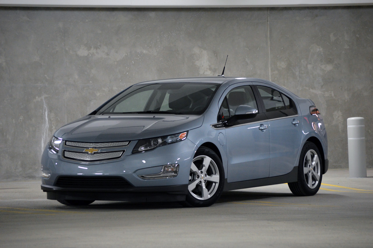 2013 chevrolet volt autoblog. Black Bedroom Furniture Sets. Home Design Ideas