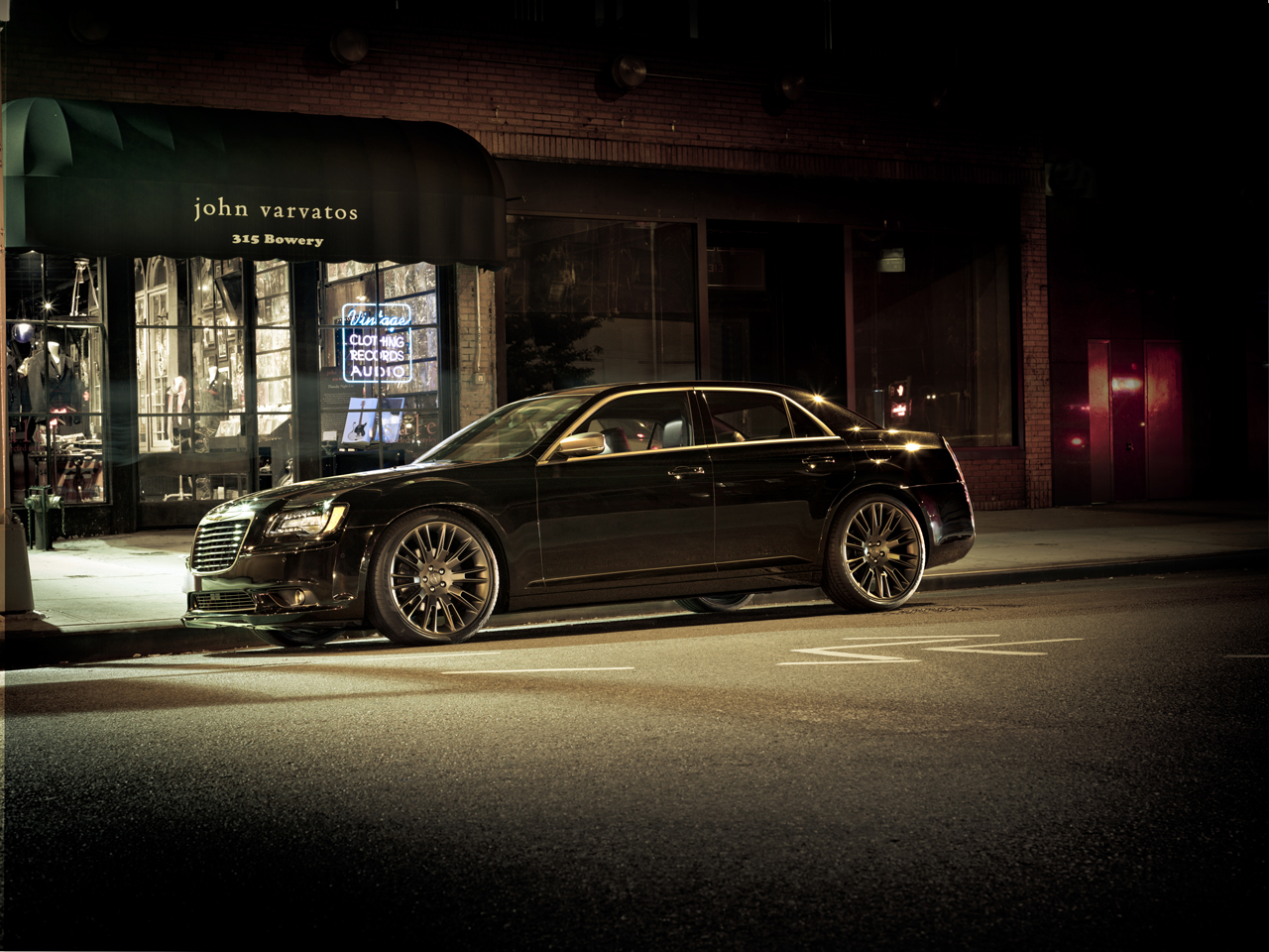 2013 chrysler 300c john varvatos edition photo gallery autoblog. Black Bedroom Furniture Sets. Home Design Ideas