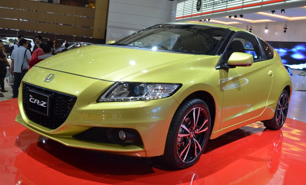 2013 Honda CR-Z at its Indonesia reveal