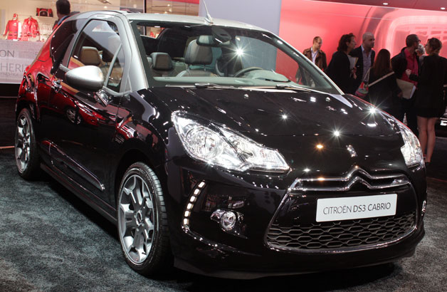 2013 Citroen DS3 Cabrio - live from Paris Motor Show debut
