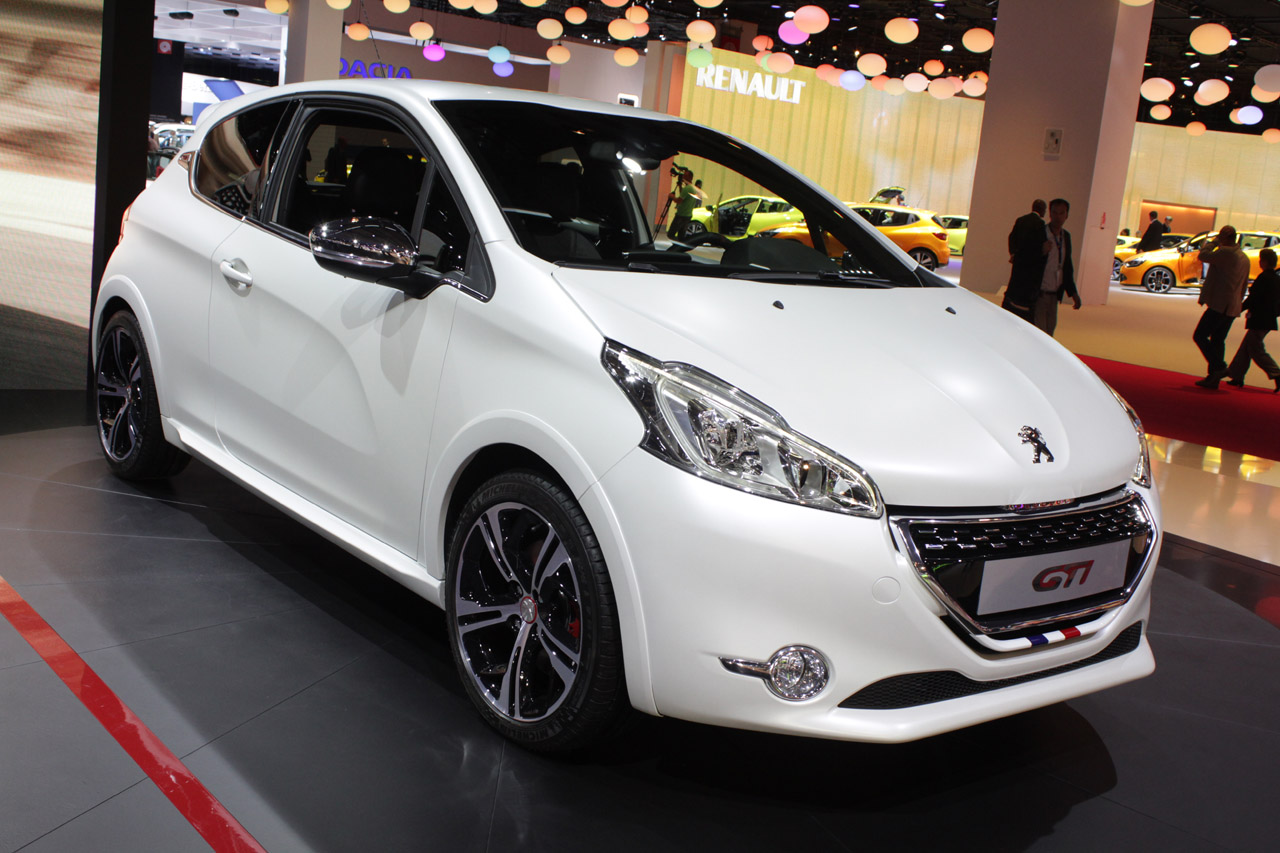 2013 Peugeot 208 Gti Paris 2012 Photo Gallery Autoblog