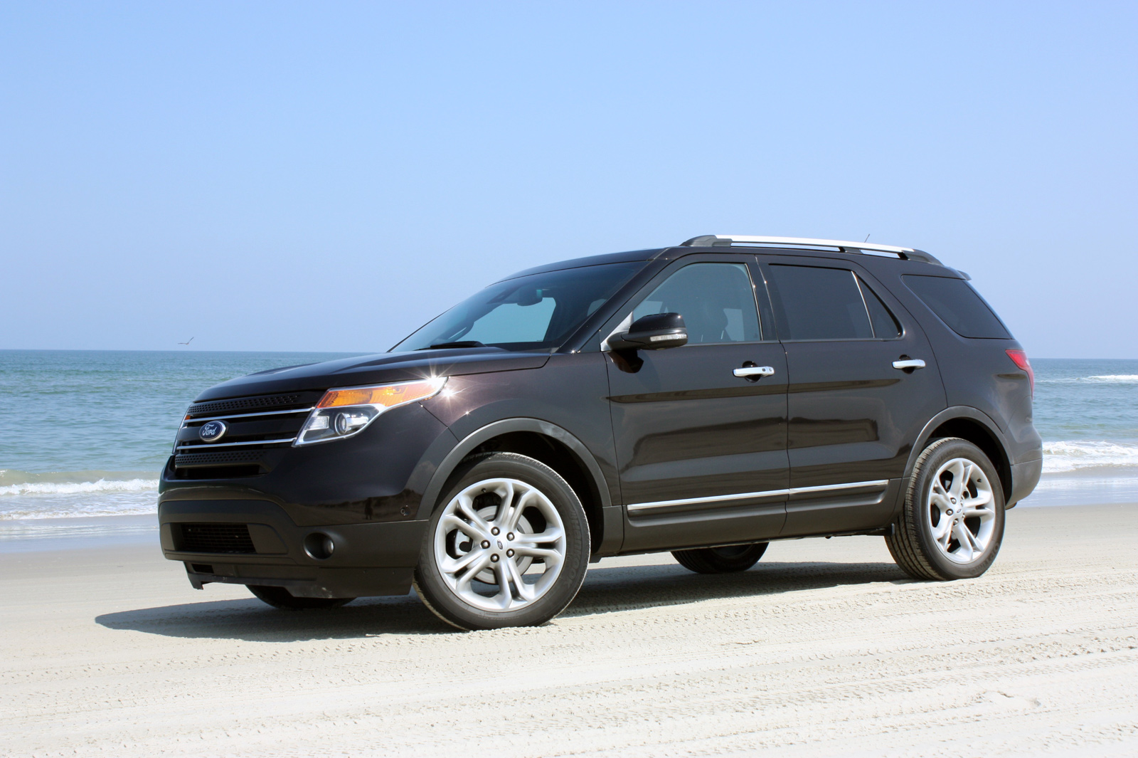 2012 ford explorer limited awd quick spin photo gallery autoblog - Ford Explorer 2012 Black
