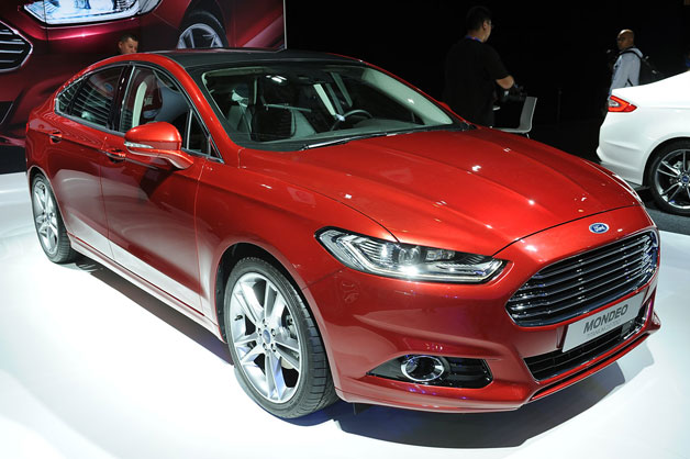 http://www.blogcdn.com/www.autoblog.com/media/2012/09/01-2013-ford-mondeo-paris-opt.jpg