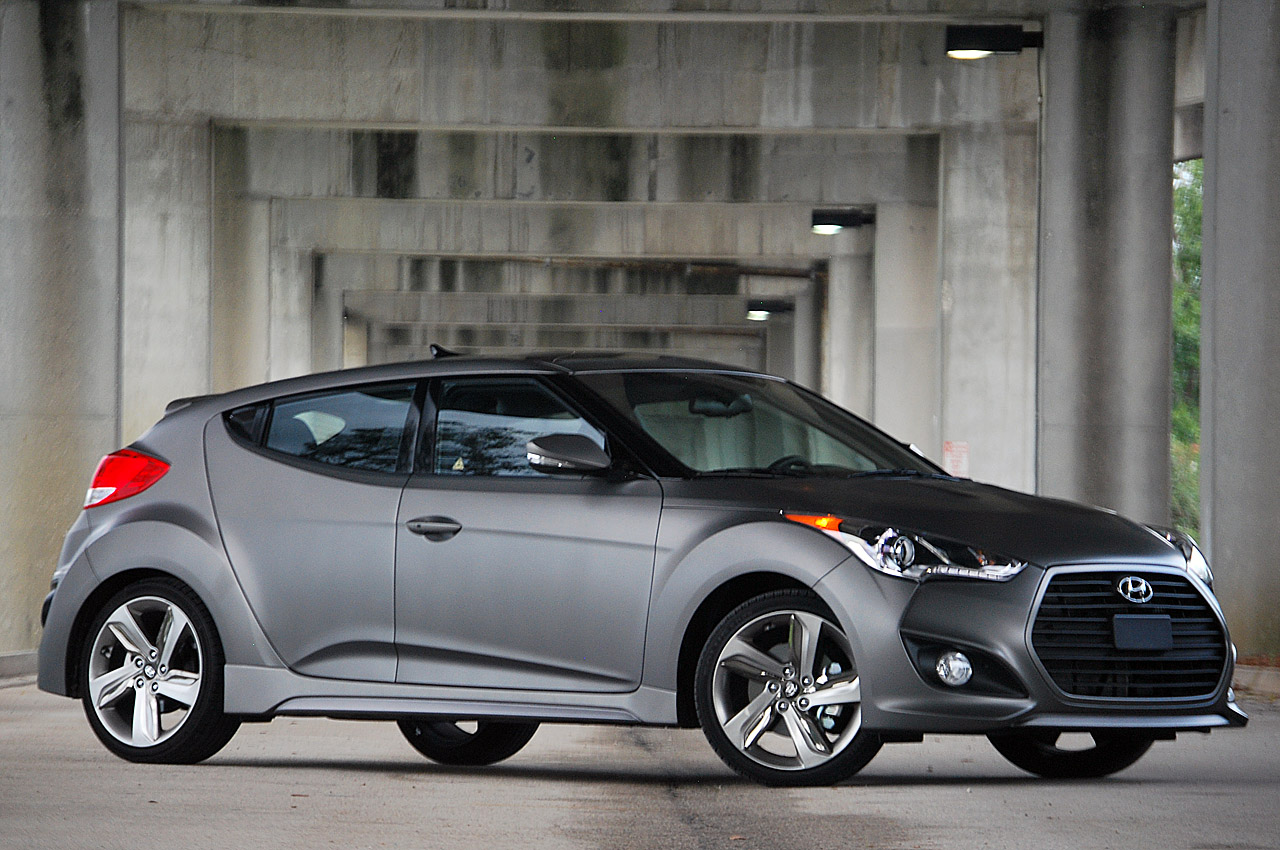 2013 Hyundai Veloster Turbo W Video Autoblog
