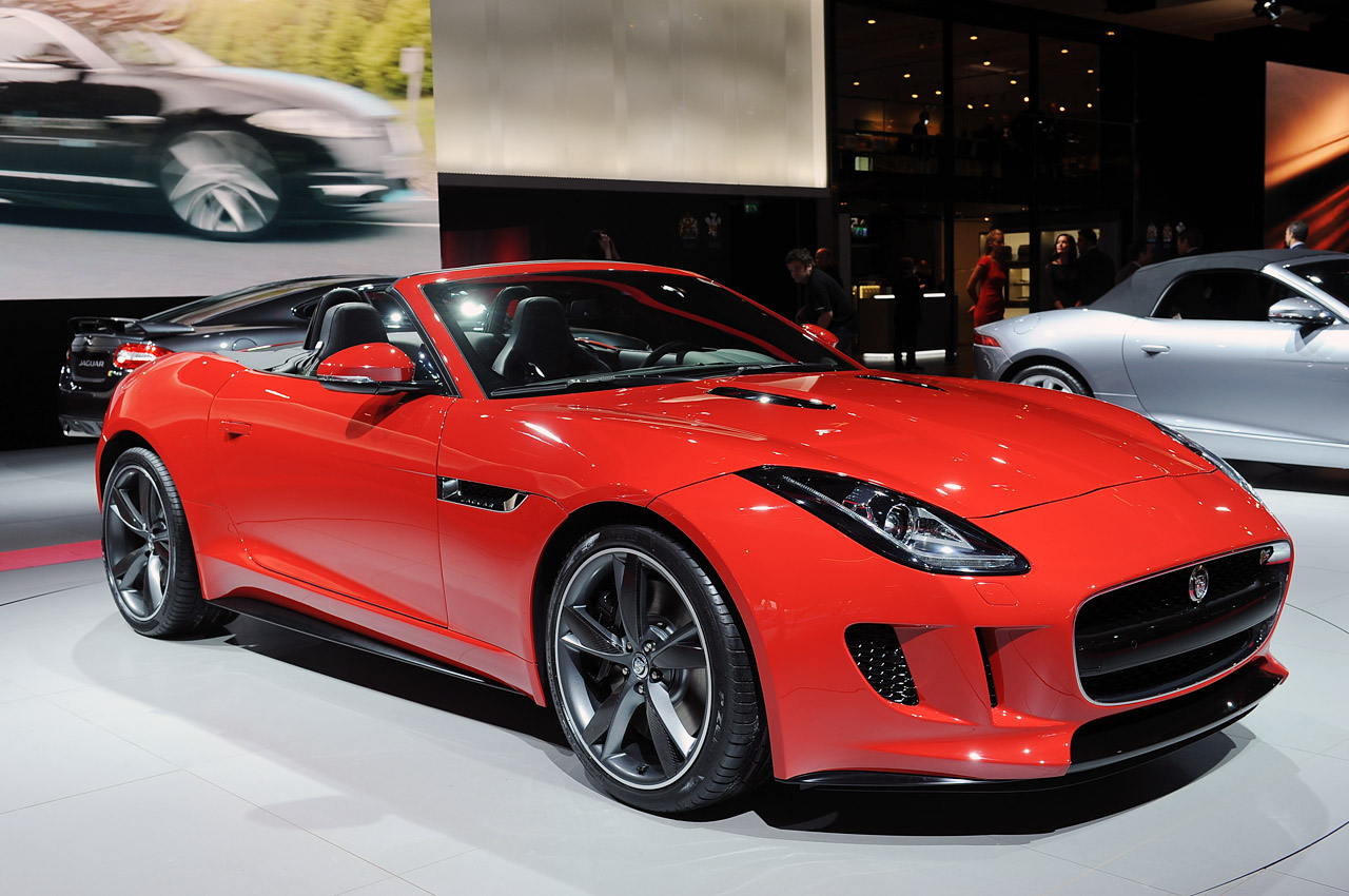 2013 jaguar f type paris 2012 photo gallery autoblog. Black Bedroom Furniture Sets. Home Design Ideas