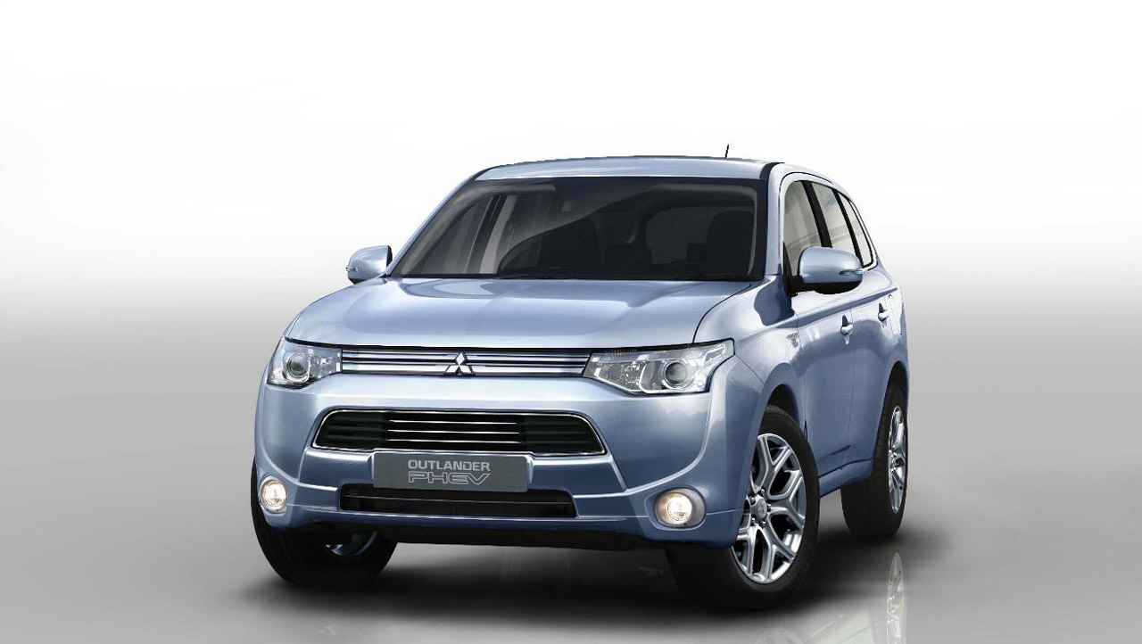 Despite missteps, Mitsubishi Outlander PHEV a hit in UK - Autoblog