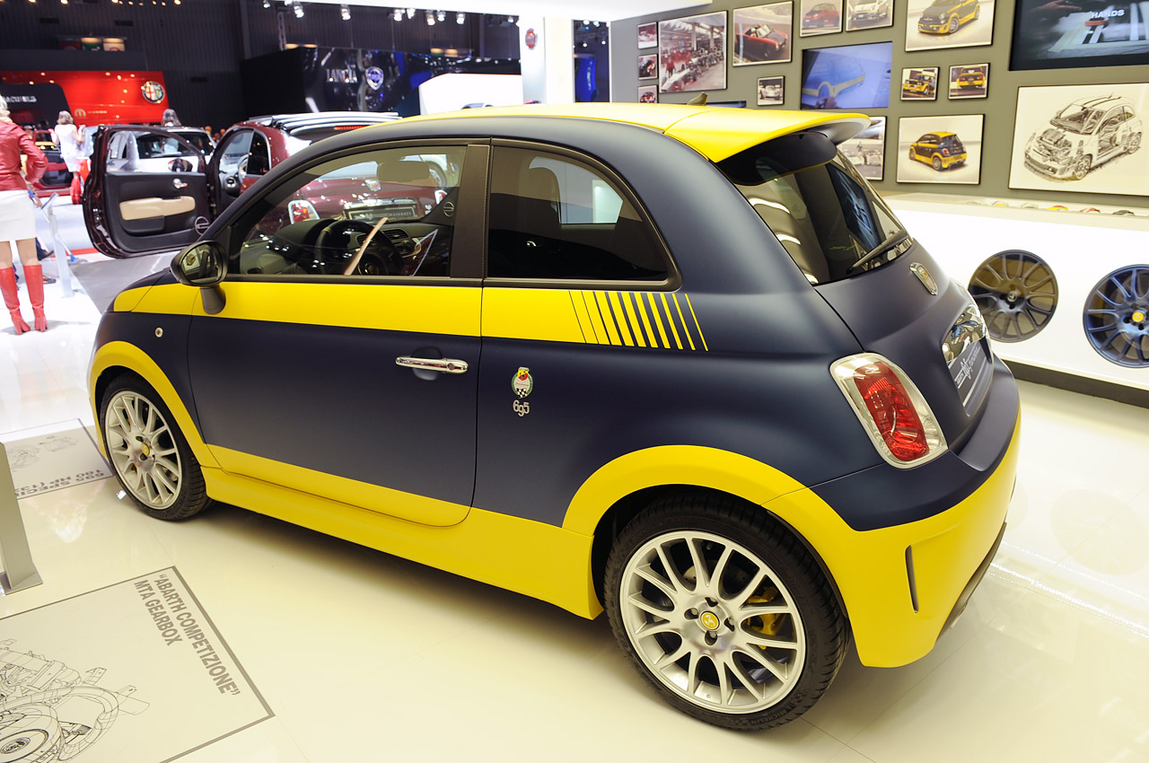 2013 Fiat 500 Abarth Fuori Serie Puts Customization