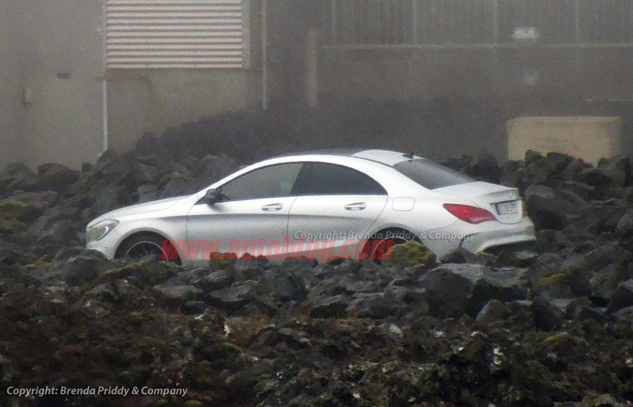 Mercedes benz cla caught uncovered ahead of reveal autoblog for Mercedes benz cla 2012