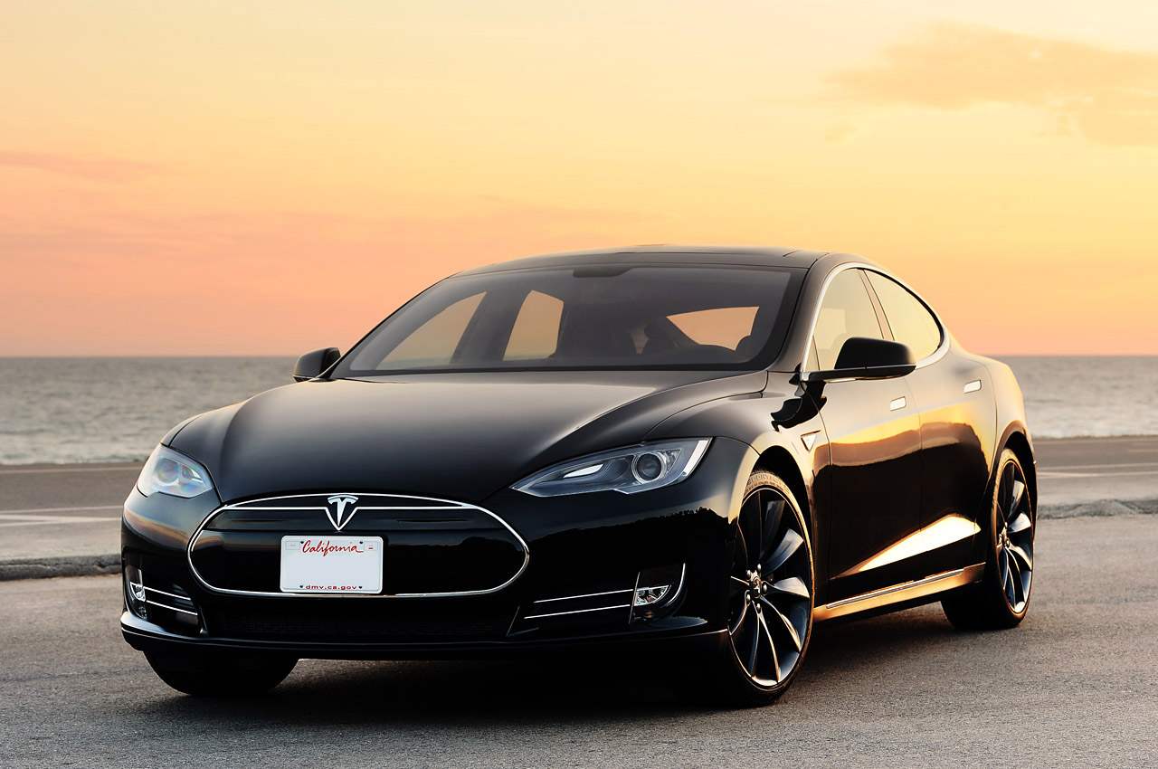 edmunds 39 long term tesla model s has been wonderful woeful autoblog. Black Bedroom Furniture Sets. Home Design Ideas