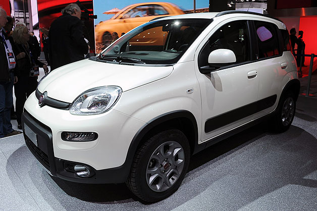 2013 Fiat Panda 4x4 live at 2012 Paris Motor Show reveal