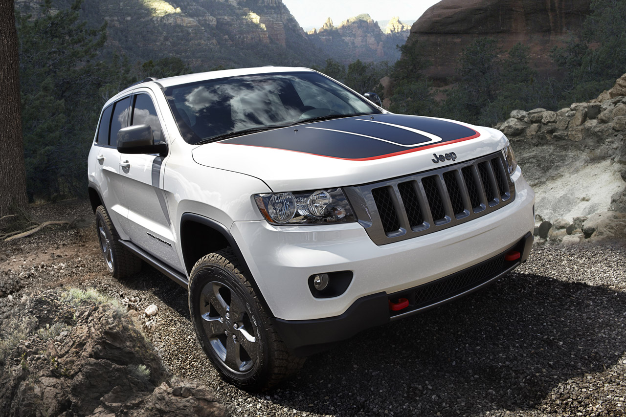 2013 Jeep Grand Cherokee Trailhawk and Wrangler Moab ...