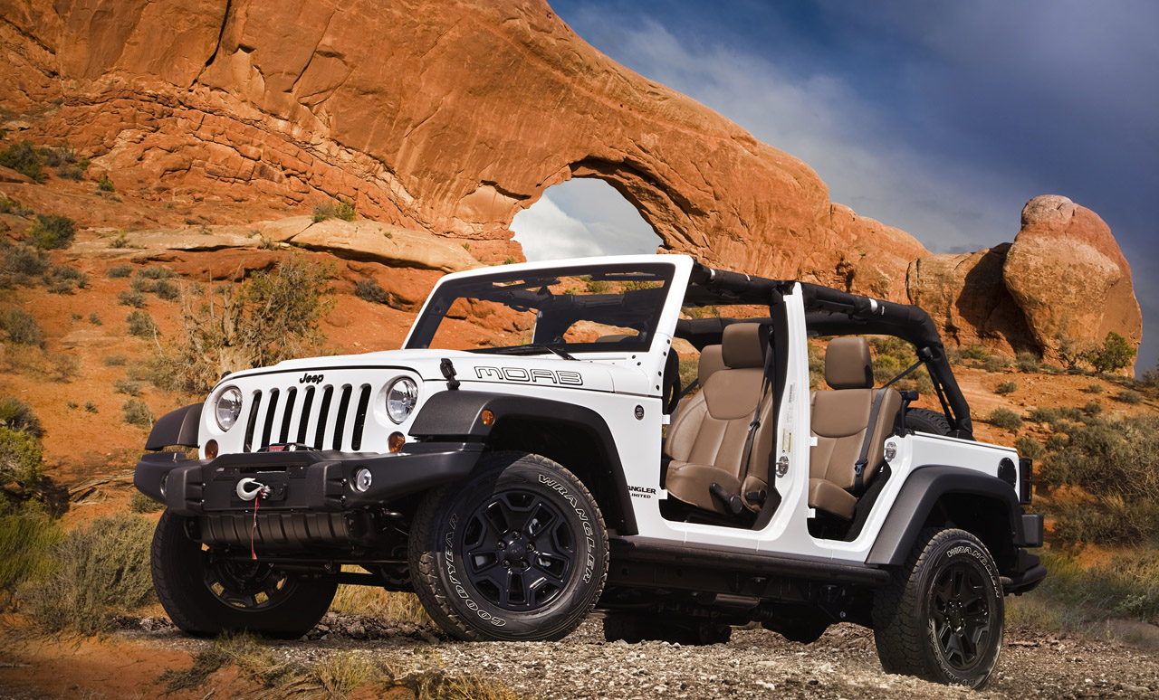 2013 jeep wrangler moab photo gallery autoblog. Black Bedroom Furniture Sets. Home Design Ideas