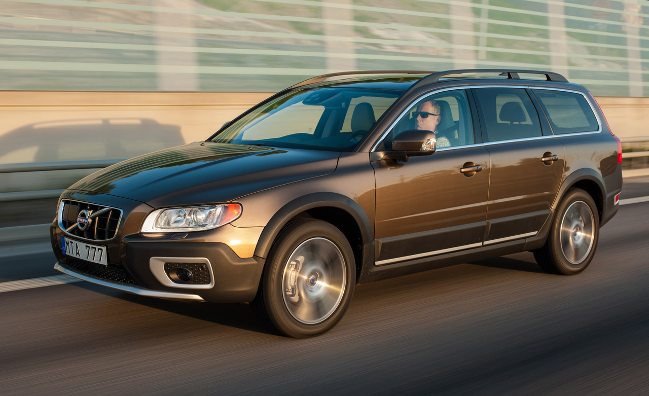 Volvo Certified Pre Owned >> 2013 Volvo XC70 Photo Gallery - Autoblog