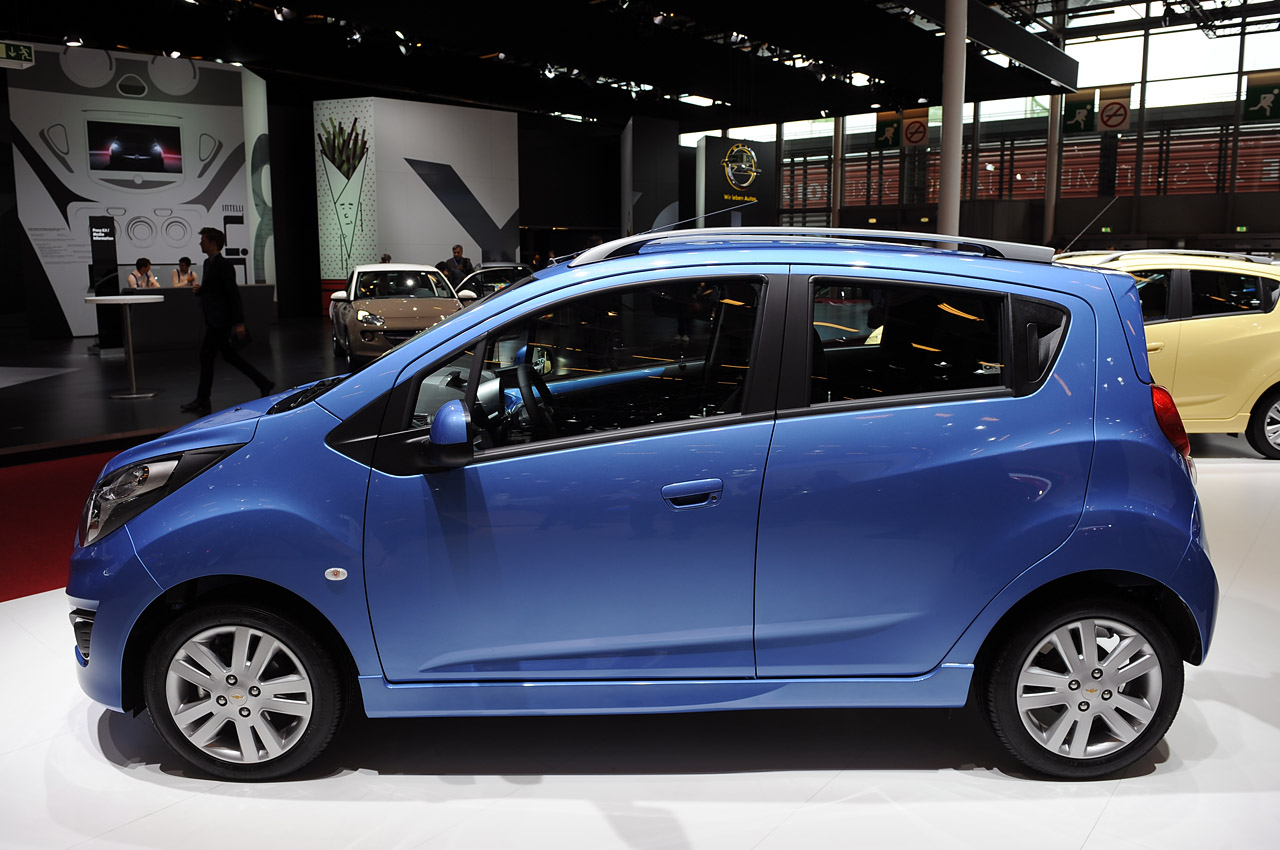 2013 chevrolet spark gets refreshed for europe autoblog. Black Bedroom Furniture Sets. Home Design Ideas