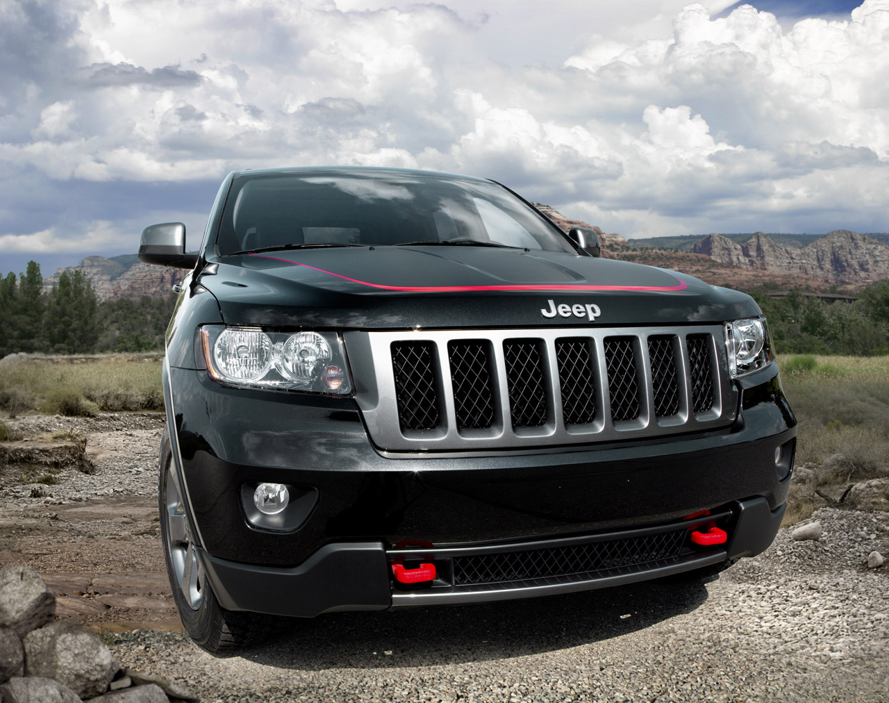 2013 jeep grand cherokee trailhawk photo gallery autoblog. Cars Review. Best American Auto & Cars Review