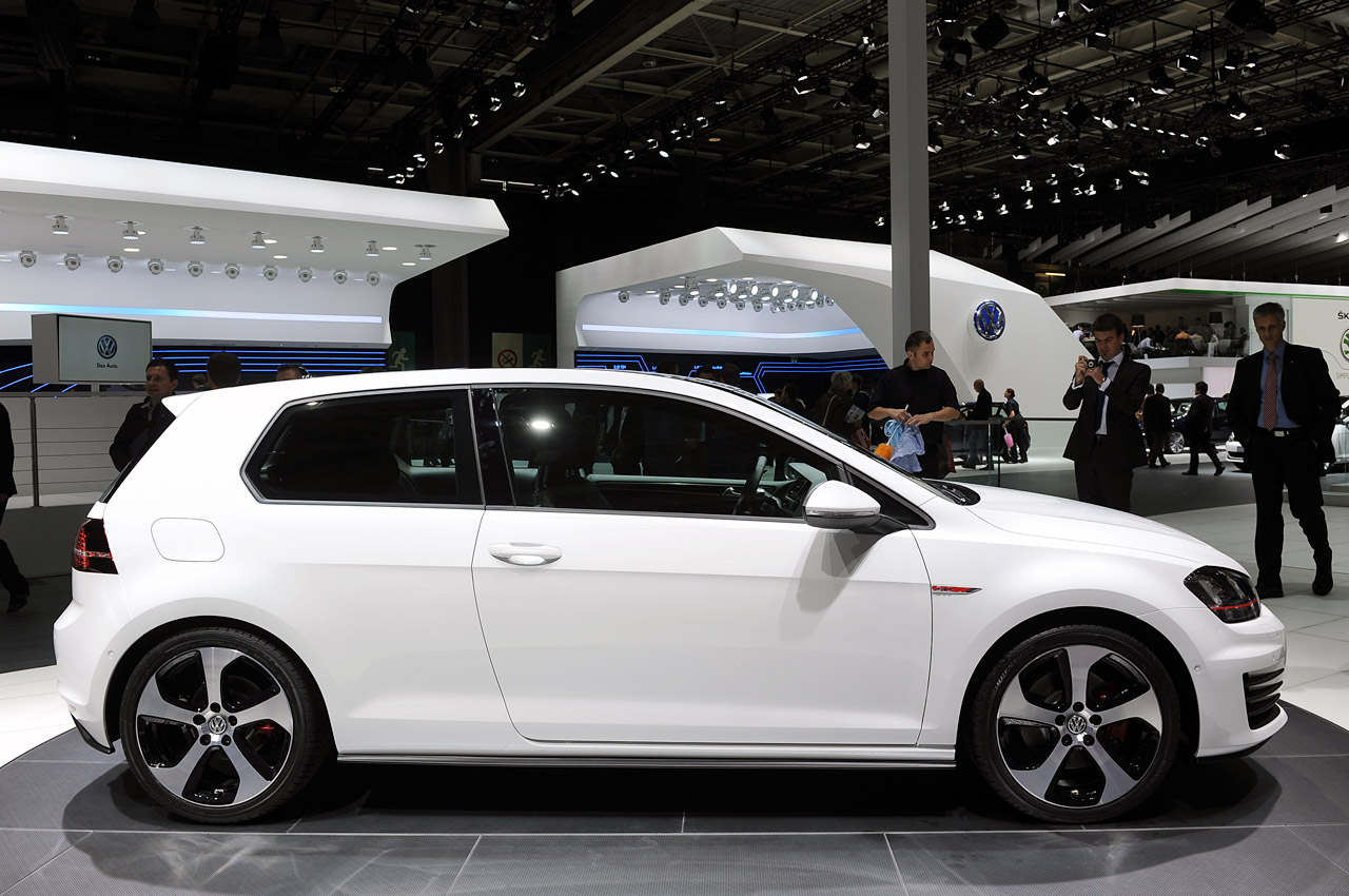 Car Maintenance List >> Volkswagen GTI Concept is ready to carry the hot hatch torch - Autoblog