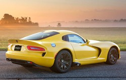 2013 SRT Viper in yellow