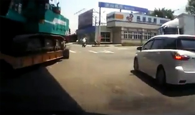 Car hooked to crane dashcam video