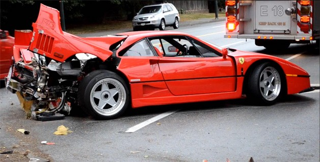 Ferrari F40 Crash