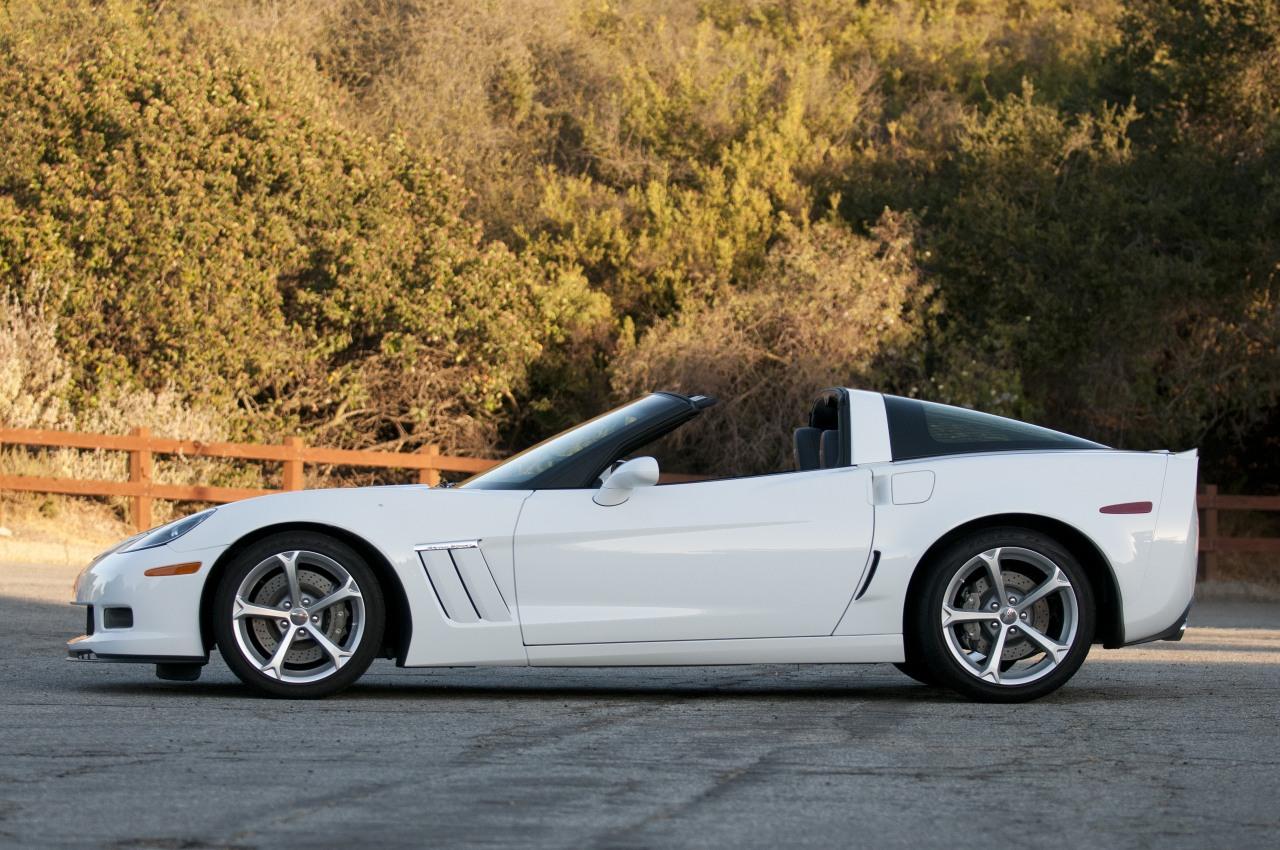 2013 chevrolet corvette grand sport coupe quick spin. Black Bedroom Furniture Sets. Home Design Ideas