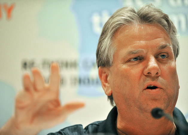 Canadian Auto Workers union boss Ken Lewenza - headshot with gesture