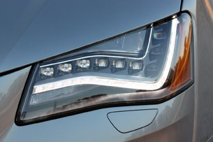 2013 Audi A8L 3.0T Quattro headlight
