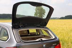 2014 BMW 3 Series Sports Wagon rear hatch