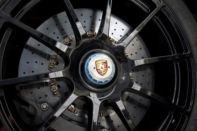 2014 Porsche 918 Spyder wheel detail