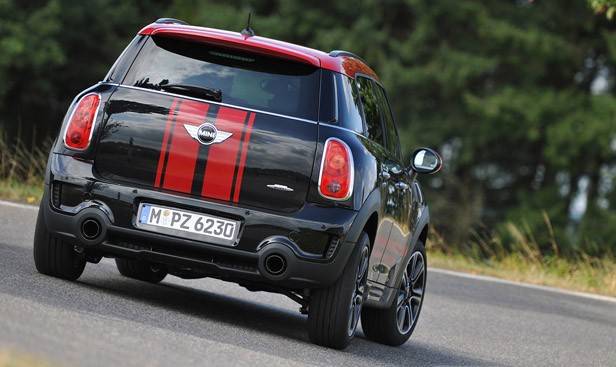 2013 Mini Countryman John Cooper Works All4 driving