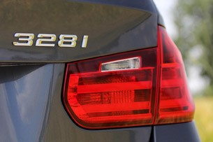 2014 BMW 3 Series Sports Wagon taillight
