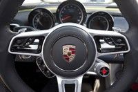2014 Porsche 918 Spyder steering wheel