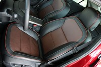 2013 Chevrolet Malibu 2.5 front seats