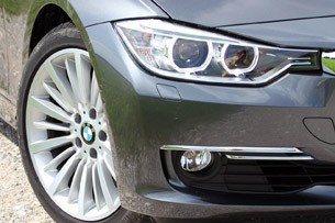 2014 BMW 3 Series Sports Wagon front fender