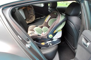 2013 Hyundai Veloster Turbo rear child seat