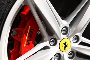 2013 Ferrari F12 Berlinetta wheel detail