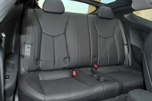 2013 Hyundai Veloster Turbo rear seats