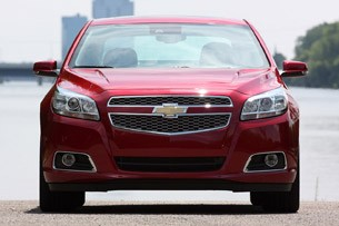 2013 Chevrolet Malibu 2.5 front view