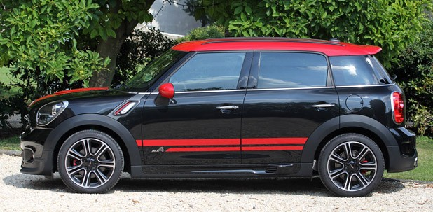 2013 Mini Countryman John Cooper Works All4 side view