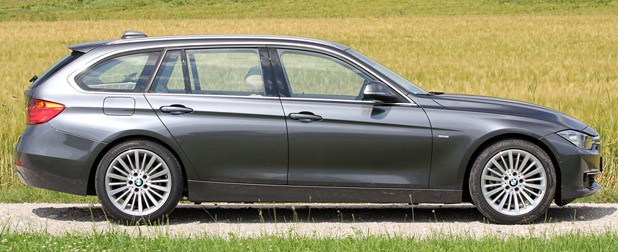 2014 BMW 3 Series Sports Wagon side view