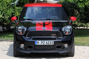 2013 Mini Countryman John Cooper Works All4 front view