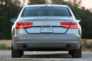 2013 Audi A8L 3.0T Quattro rear view