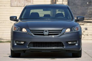 2013 Honda Accord Sport front view