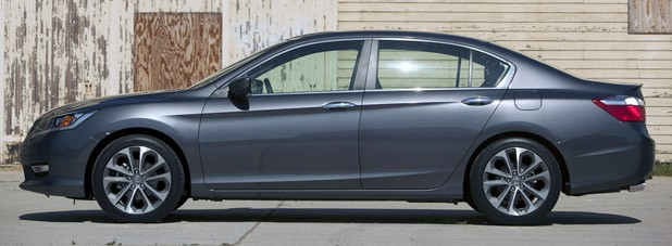 2013 Honda Accord Sport side view
