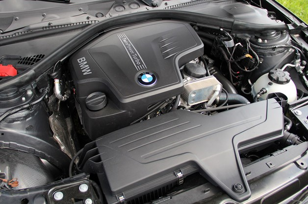 2014 BMW 3 Series Sports Wagon engine