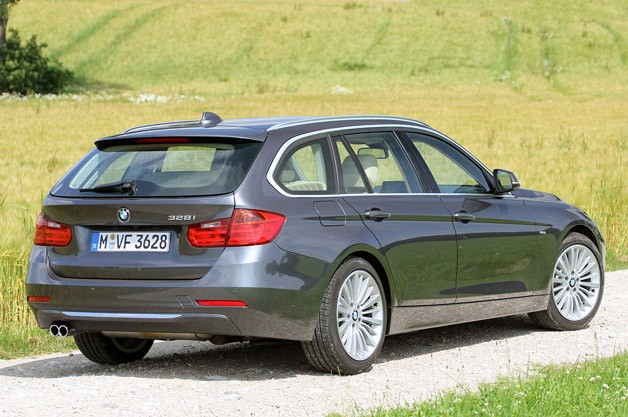2014 BMW 3 Series Sports Wagon rear 3/4 view