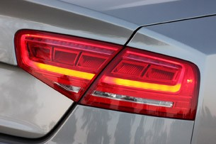 2013 Audi A8L 3.0T Quattro taillight