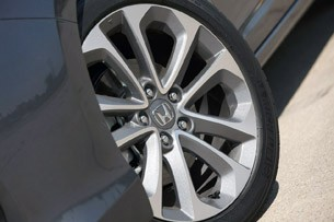 2013 Honda Accord Sport wheel
