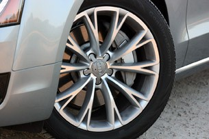 2013 Audi A8L 3.0T Quattro wheel